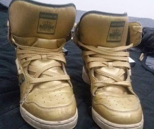 Zapatillas adidas Doradas Únicas Núm 37/8