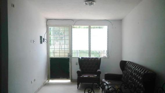 Casa En Venta La Puerta 20-2544 Mk