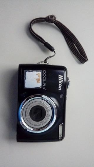 Máquina Digital Nikon Coolpix L23 Preta 12mp Lcd 2,7