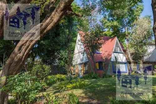 Venta De Casa Sola Con Mucho Jardín En Santa Maria Ahuacatitlan