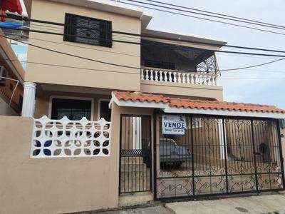 Casa De Oportunidad En La San Isidro