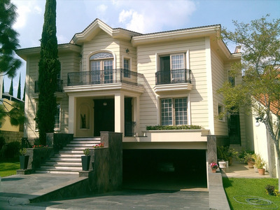 Preciosa Casa De Lujo En Puerta De Hierro