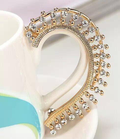 Lindo Brinco Ear Cuff Dourado Strass Fashion Unidade 6x5 Cm