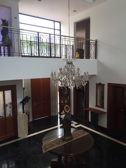 Casa En Venta - La Alhambra -$3.000.000.000