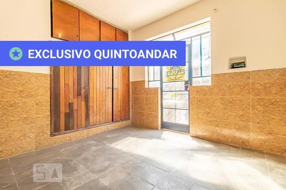 Studio No 1º Andar Com 1 Dormitório - Id: 892946743 - 246743