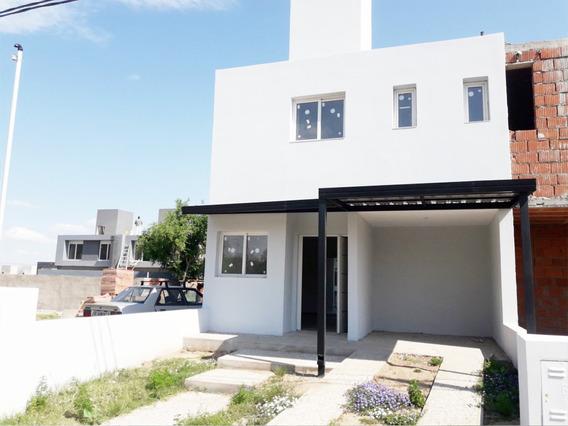 Casa Venta Miradores De Manantiales Ii