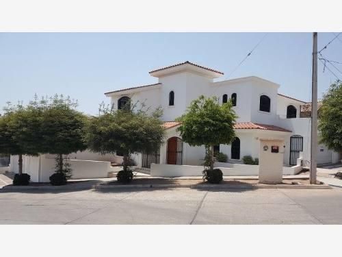 Casa En Venta En Fracc Montebello