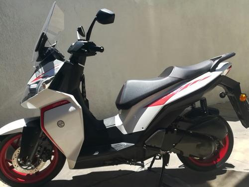 Scooter Benelli Caffenero Sport 150