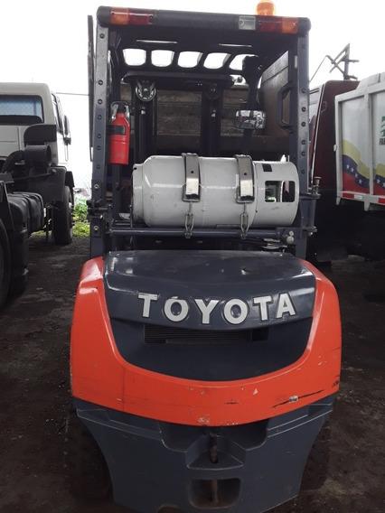 Montacarga Toyota