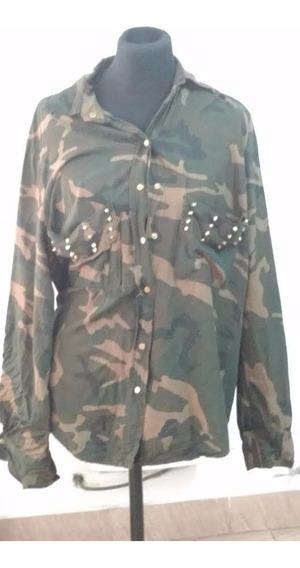 Camisa Militar Con Tachas Talle L