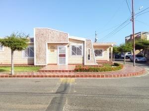 Casa En Venta En Maracaibo-yenitza Machado.