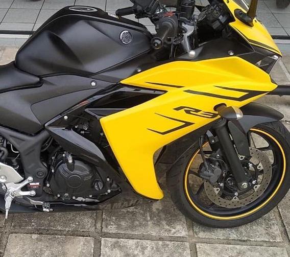 Yamaha Yzf R3 2019 Color Amarillo Motocicleta Nueva