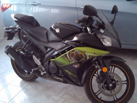 Yamaha R15 Modelo 2014 Negra