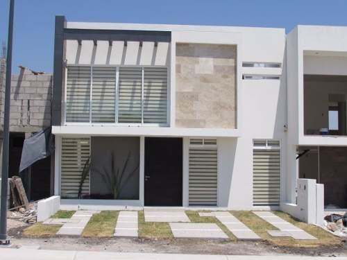 Preciosa Casa En Cañadas Del Arroyo T.160 M2, C. 185 M2, Fraccionamiento Exclus