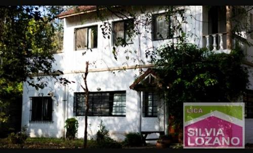 Casa De 3 Ambientes En Villa Elisa