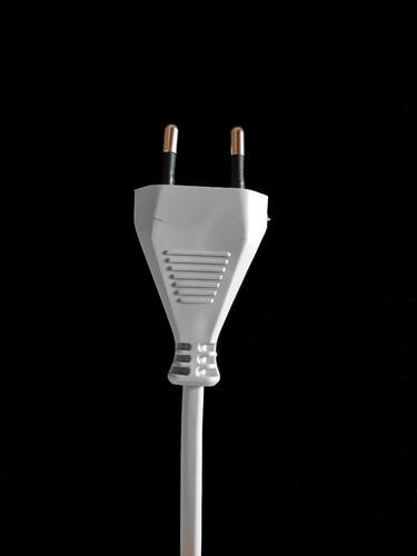 Cables Ficha Europea Nuevos Norma Europea X 10 U. Alemanes