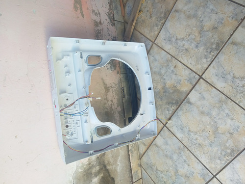 Imagem 1 de 4 de Vende Maquina De Lavar Consul 16k