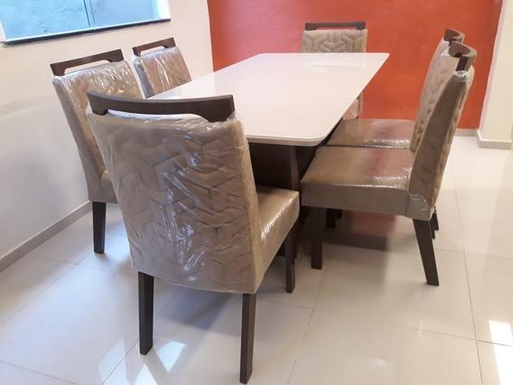 Mesa Retangular, Cor Caramelo, Com 6 Cadeiras
