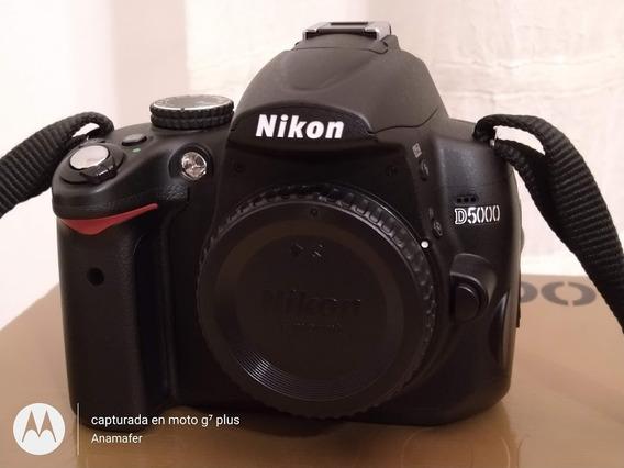 Nikon D5000 Con 4009 Disparos, Lente 18-55 Mm