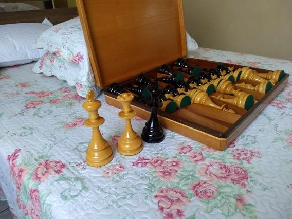 Xadrez Grandão - Completo (peças + Caixa)= Rei 18cm Altura
