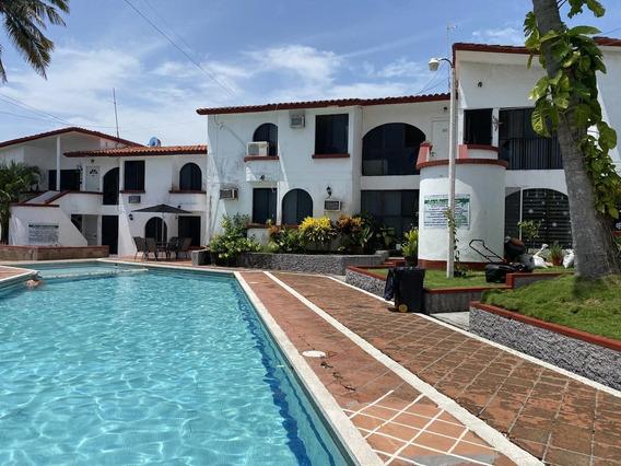 Tampiquera, Departamento En Renta En Planta Baja De 3 Recámaras, Con Alberca