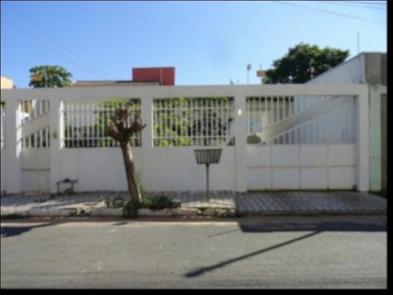 Imóvel Com 3 Quartos Sendo 01 Suíte + Piscina No Bairro Residencial J - 00976