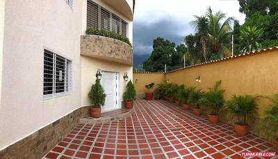 Townhouses En Venta 18-3068 Castaño Maracay Eileen Castillo