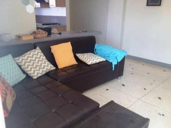 Apartamentos En Alquiler Cecilio Acosta 20-5812 Andrea Rubio