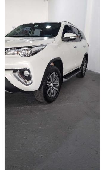 Toyota Hilux Sw4 Srx 4x4 2.8 Tdi 16v Dies. Aut. Diesel Aut