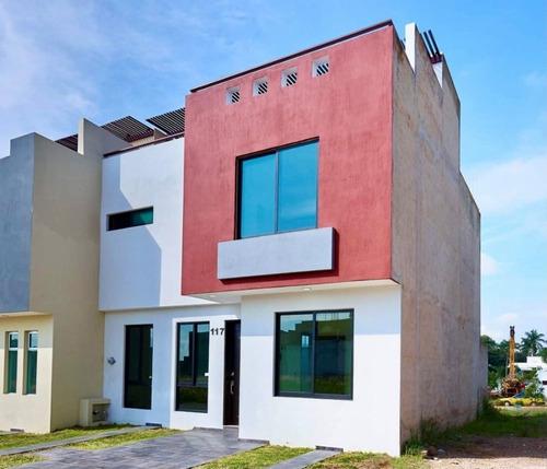 Imagen 1 de 13 de Casa Nueva Con Roof Garden En Coto En Valle Imperial