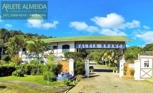 Imagem 1 de 15 de Casa No Bairro Centro Em Porto Belo Sc - 715