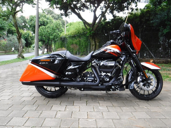 Harley-davidson Street Glide Special Unica En Colombia