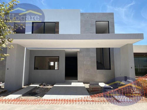 Casa Nueva En Venta Con Recámara En Planta Baja En Residencial Sierra Nogal, Al Sur De León, Gto.