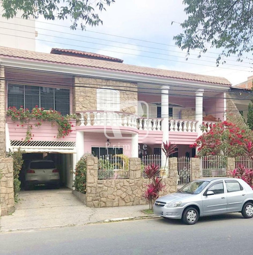 Imagem 1 de 7 de Casa 5 Dormitórios Para Locação Comercial Em Balneário Camboriú - 5931