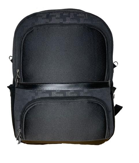 Mochila Resistente Para Notebook Com Tecido Automotivo