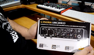 Interfaz Behringer U-phoria Umc204hd