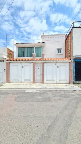 Imagen 1 de 14 de Vendo Casa Fracc.  Tabachines
