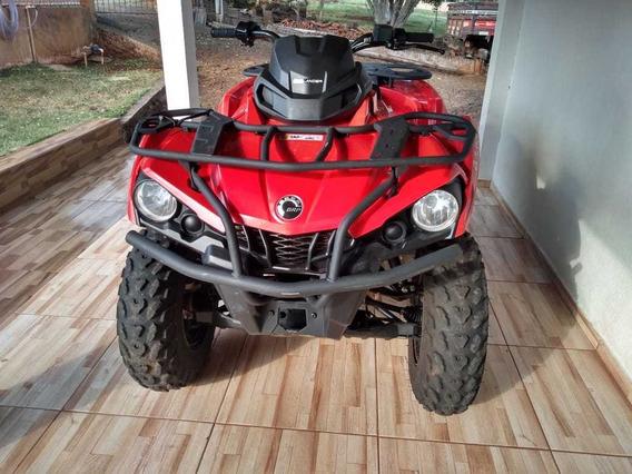 Quadriciclo Can-am 570cc