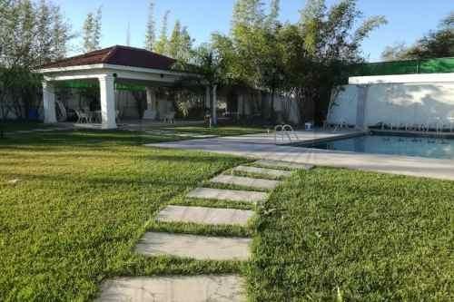 Quintas En Venta En Campestre Huinalá, Apodaca