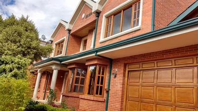 Venta Casa En Santa Ana Oriental 630 Mtrs