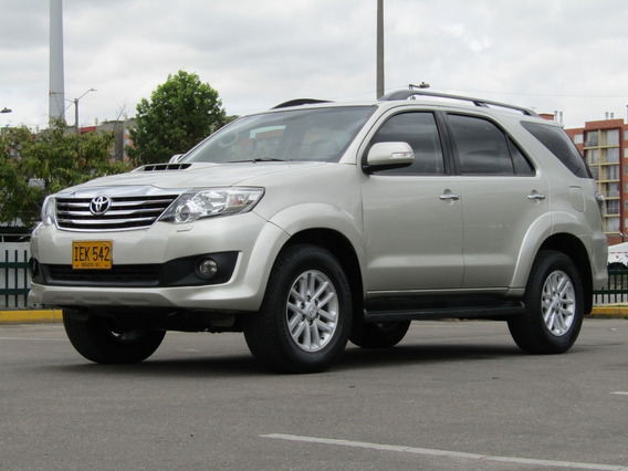 Toyota Fortuner Sr5 At 3000cc Aa Ab Abs 4x4