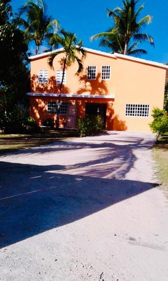 Casa Villa En Venta En Juan Dolio