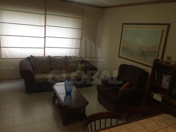 Apartamento En Los Mangos, Res. Minotauro. Gla-241