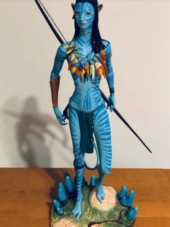 Figura De Neytiri De Avatar - Original De Disney En Caja