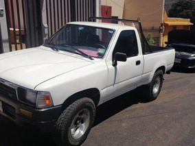 Toyota Pickup Estandar