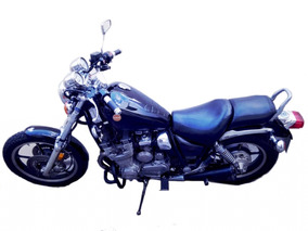 Yamaha Maxim 700 Negra