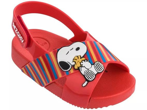 Sandália Infantil Zaxynina Snoopy