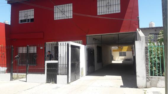 Amplio Departamento G Catán, Bº Independencia 2 Amb Y Garaje