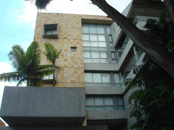 Apartamento En Alquiler Altamira Mls #20-21444