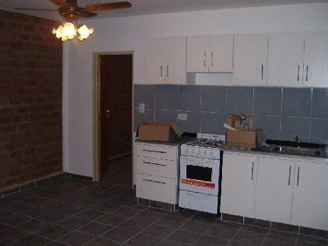 Imagen 1 de 10 de Departamento Tipo Casa En Alquiler En Lanus Oeste